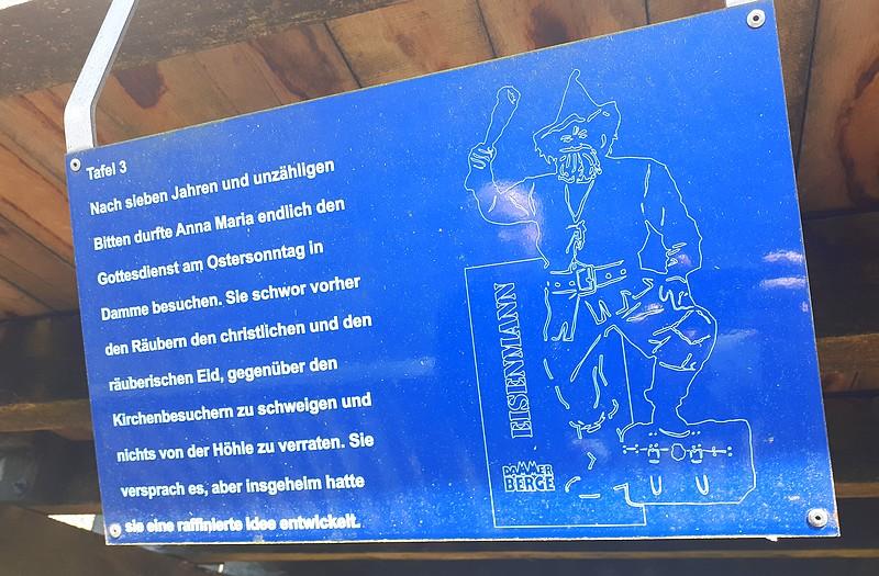 Texttafel am Aussichtsturm Mordkuhlenberg