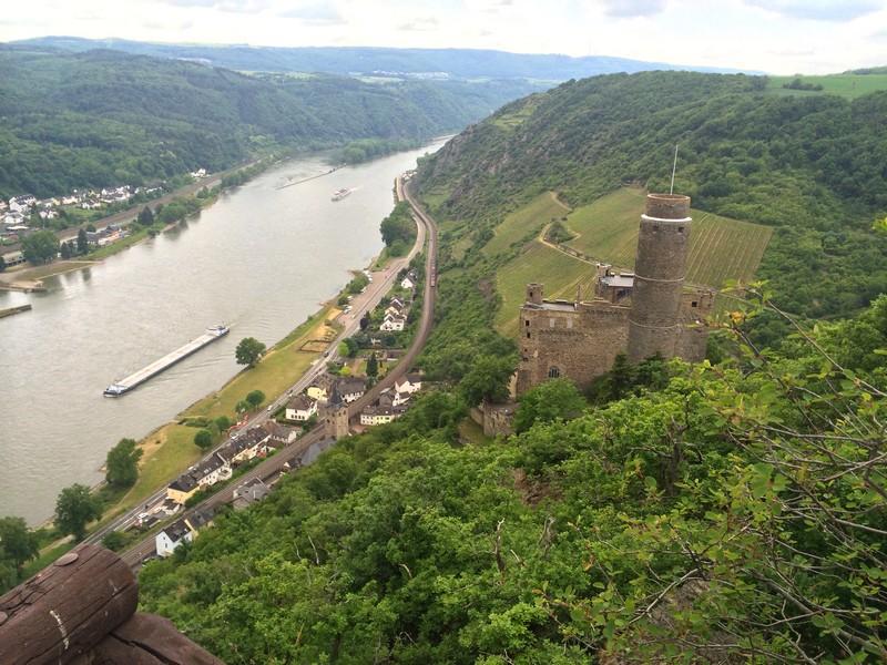 Blick auf Burg Katz bei St. Goarshausen