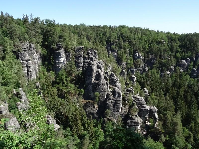 Unser erster Eindruck von den Felsformationen im Elbsandsteingebirge der Sächsischen Schweiz.