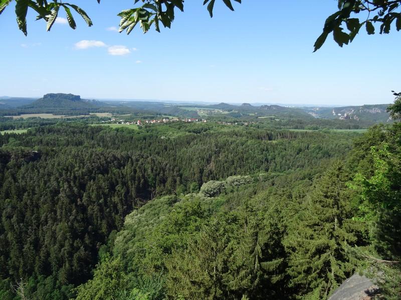 Die Brand-Baude ermöglicht tolle Weitblicke in die Sächsische Schweiz.