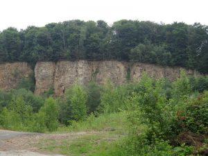 Der Erzabbau hat seine Spuren am Silberberg hinterlassen...