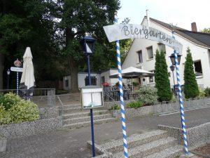 Einkehrmöglichkeit direkt am Wegesrand: Waldgasthaus Röwekamp.