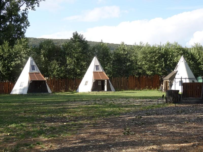 Nicht Sioux, nicht Apatschen, sondern Urlauber wohnen hier.