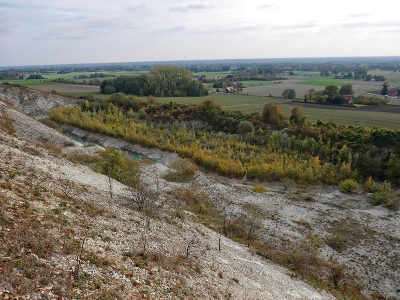 Blick auf den ehemaligen Steinbruch und die münsterländischen Weiten...