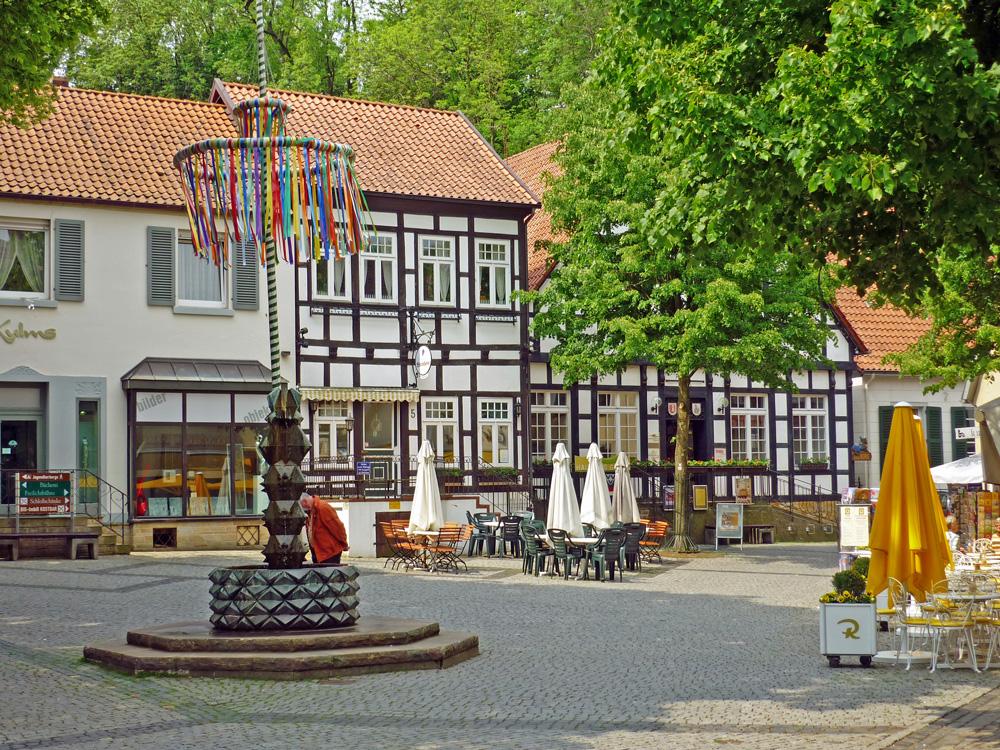 Bald haben wir den Tecklenburger Marktplatz erreicht.