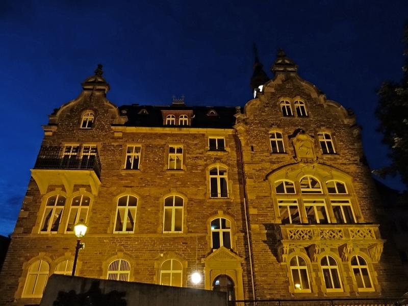 Rathaus Traben-Trarbach bei Nacht