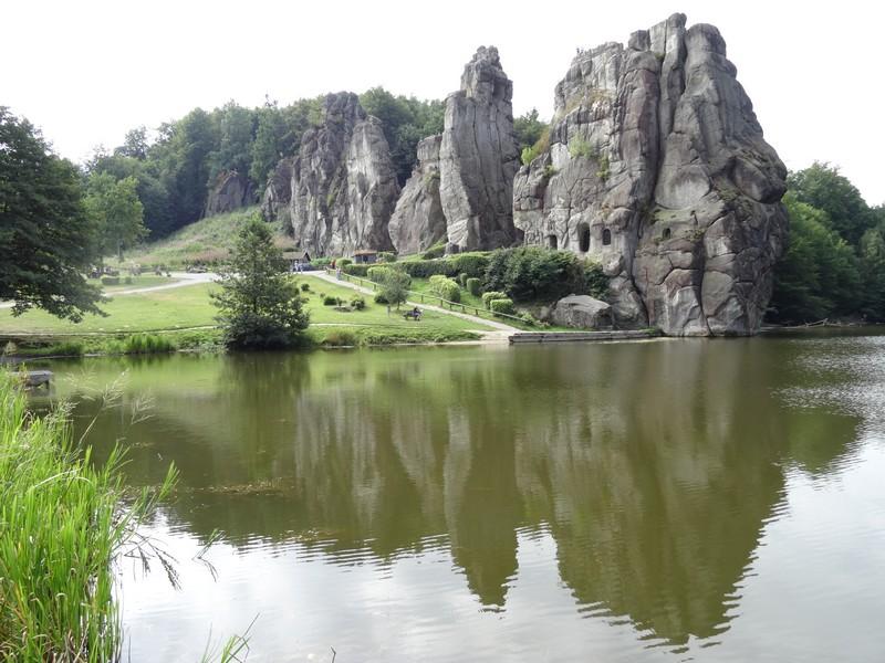 Die Externsteine dürfen natürlich in einem Wanderführer für den Teutoburger Wald nicht fehlen!