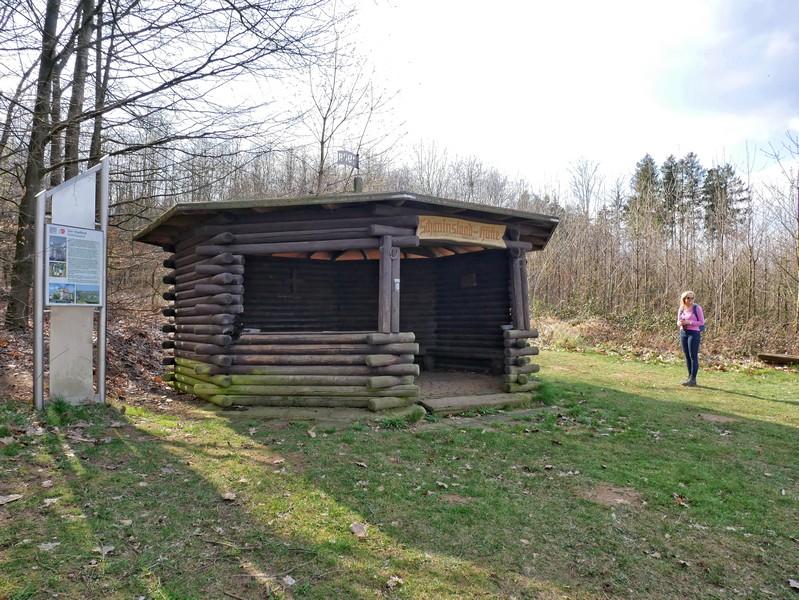 Die Hütte trägt denselben Namen wie der TERRA.track: Schau ins Land.