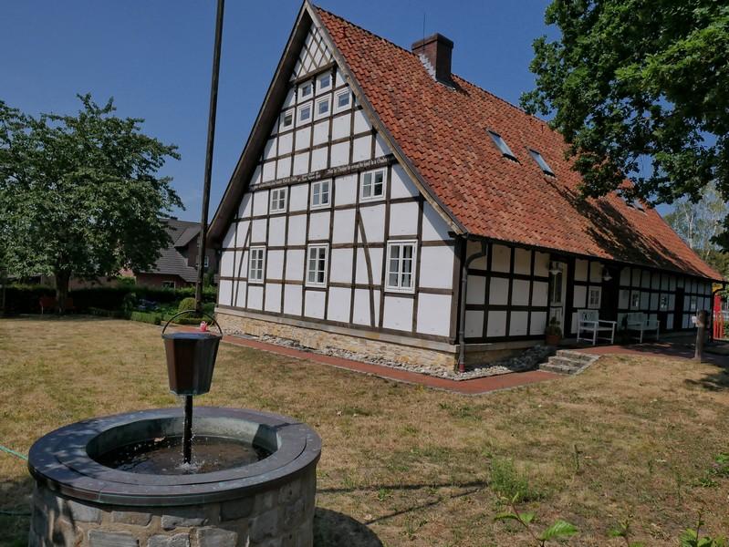 Das Bild zeigt den Hollager Hof.