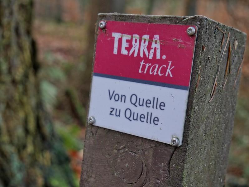 Dem TERRA.track Von Quelle zu Quelle begegnen wir ebenfalls. Er würde uns zu insgesamt drei der Hasequellen führen.