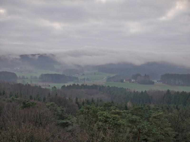 Von oben bietet sich ein grandioser Blick auf den Teutoburger Wald.