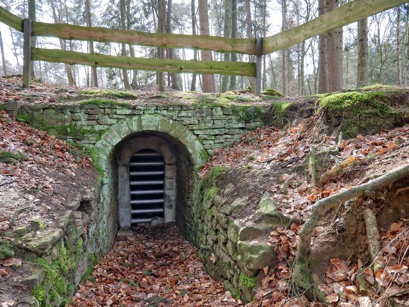 Der kunstvoll gemauerte Eingang zum Buchholzer Stollen stammt aus dem jahre 1752.