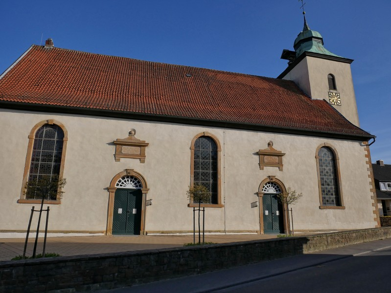 Wir passieren auf dem TERRA.track Richtstättenweg gleich zu Beginn die evangelische Christuskirche aus dem frühen 19. Jahrhundert.