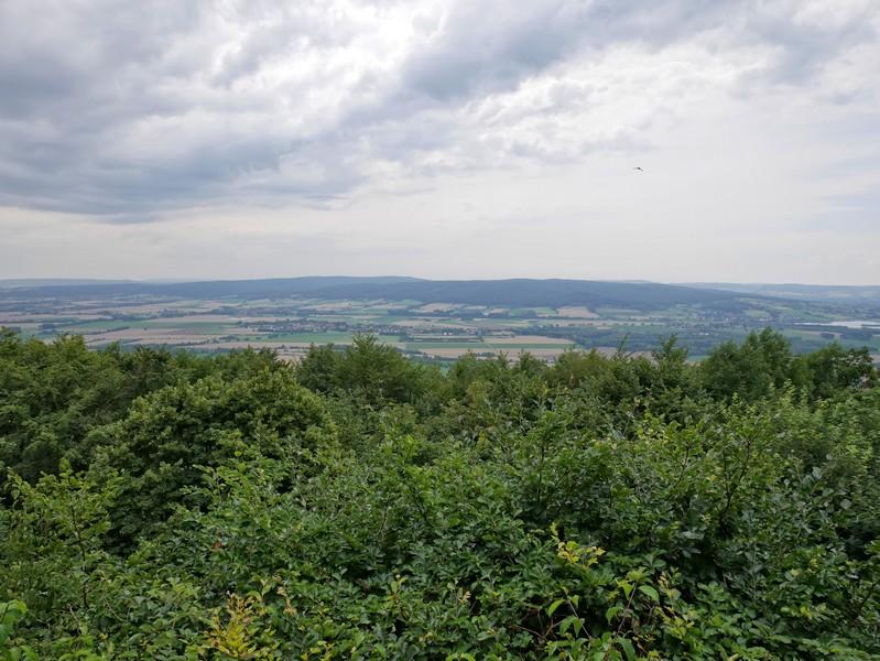 Vom Biergarten der Paschenburg aus haben wir einen großartigen Blick in die Weite.