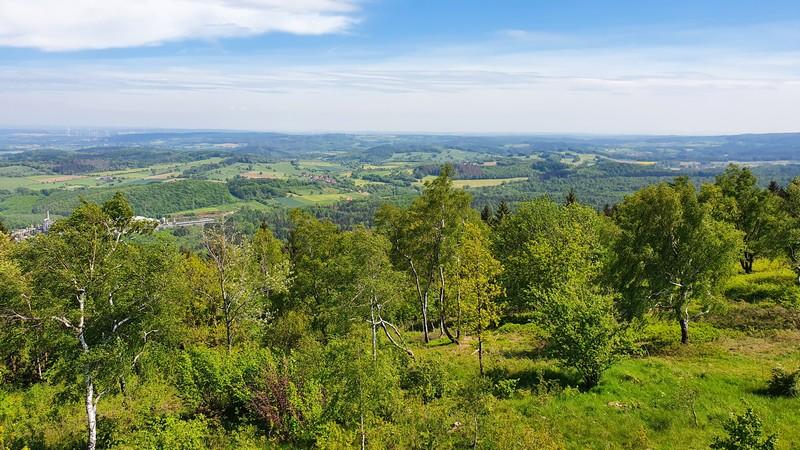 Vom Eggeturm auf dem Preußischen Velmerstot bieten sich uns fantastische Panoramen.