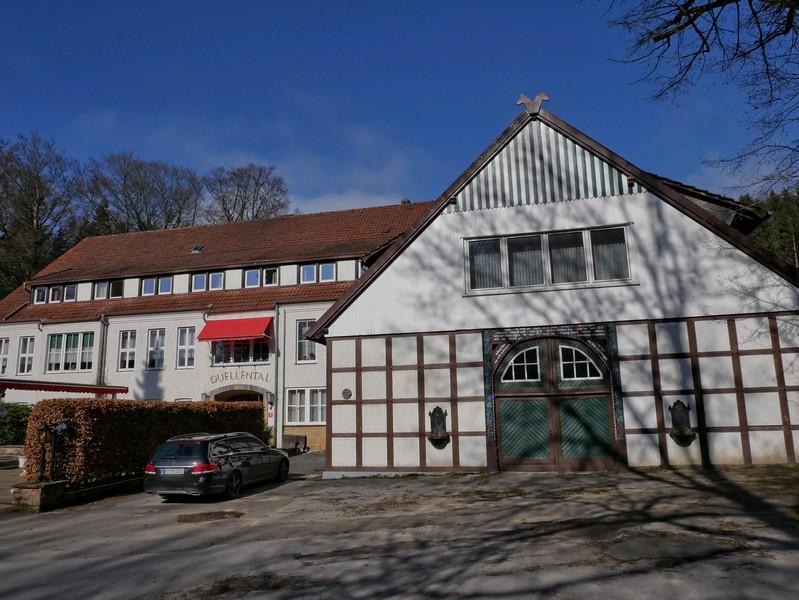Auf eine 600jährige Geschichte blickt das Quellental inzwischen zurück. Seit etwa 1900 ist es auch eine Gaststätte.